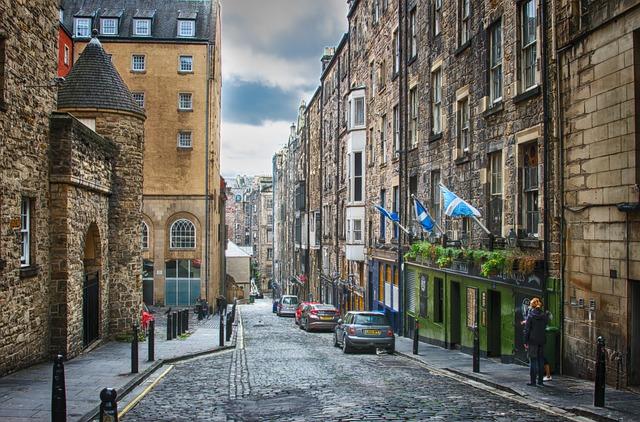 Edinburgh suasana kuno inggris